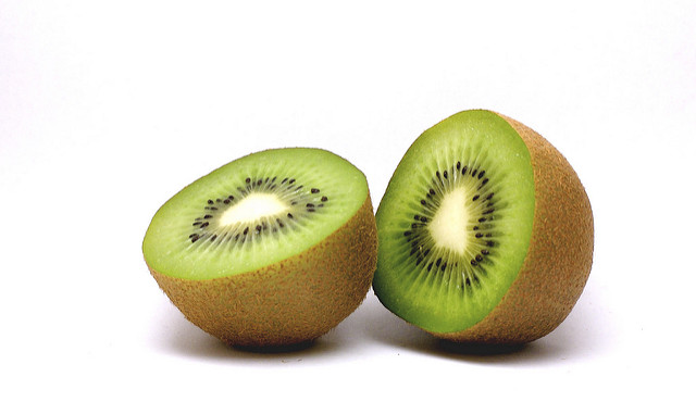 Kiwi | flickr / eldholm / 2354978948
